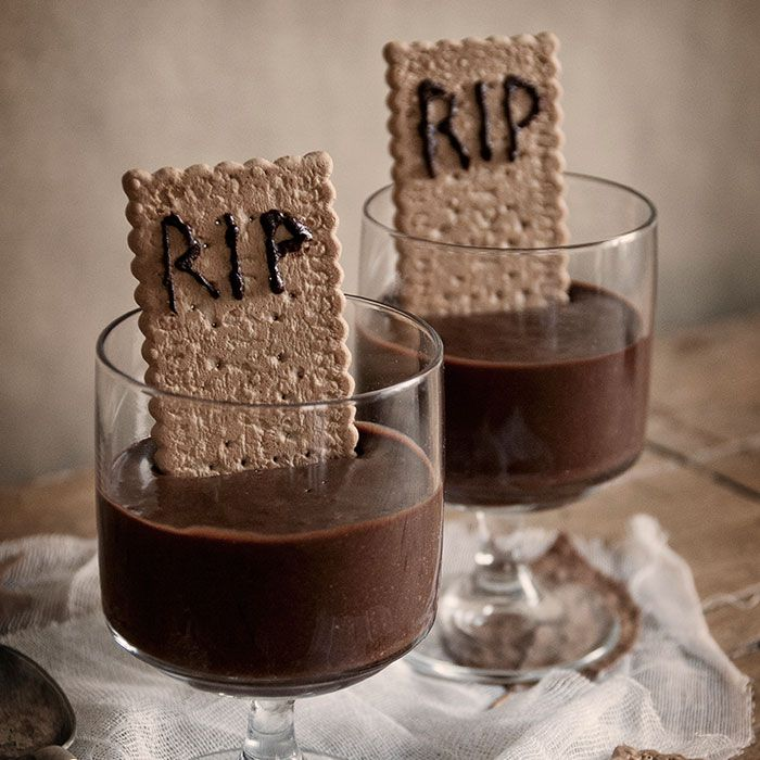 Mousse de chocolate tenebrosa, Halloween