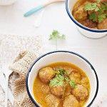 Albóndigas caseras con salsa al curry