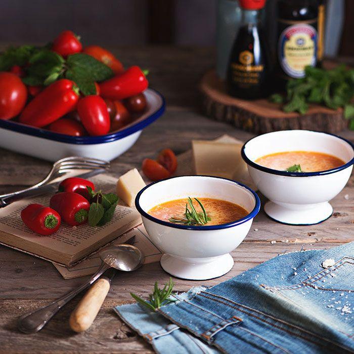 Sopa de tomates y pimientos
